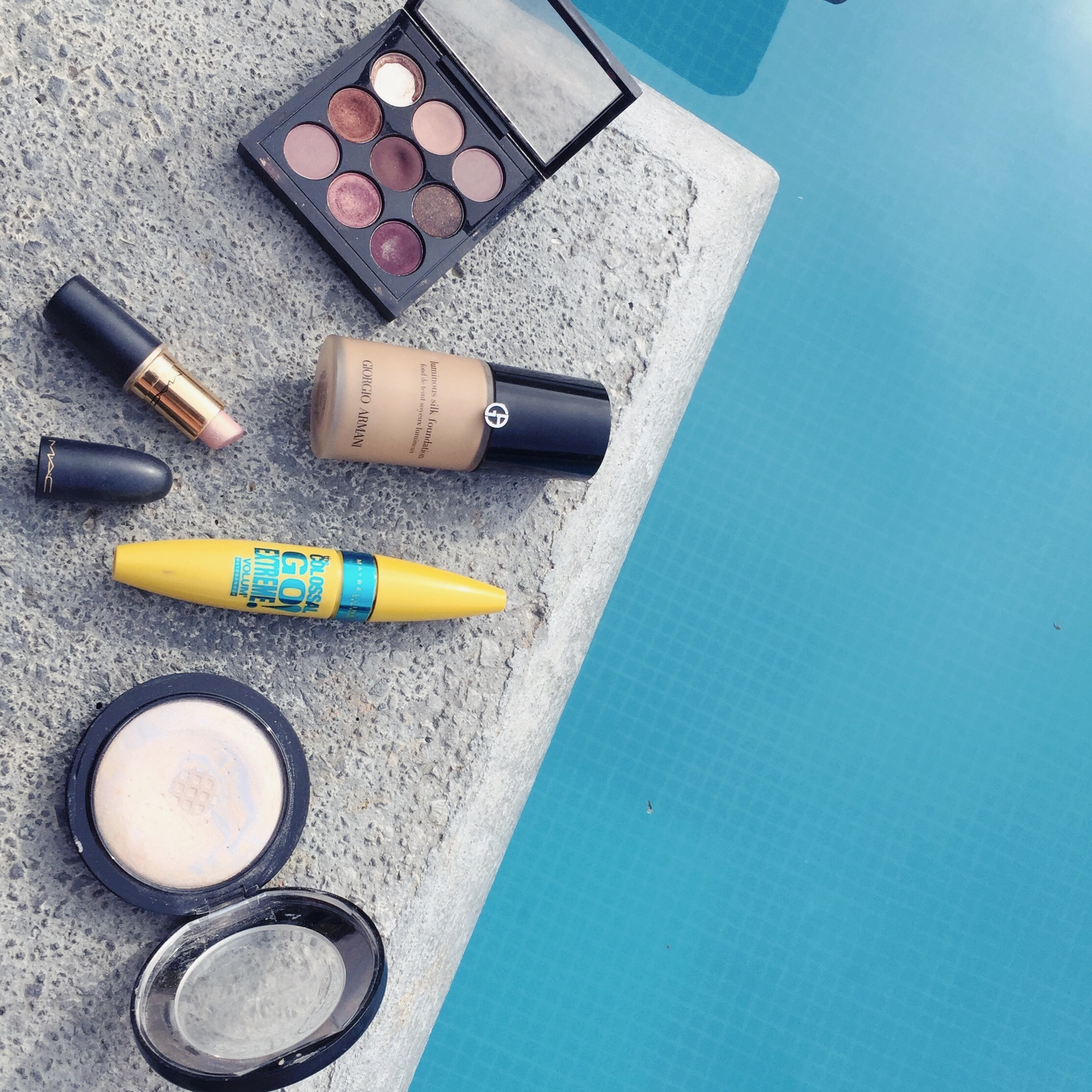 must haves in my beauty bag